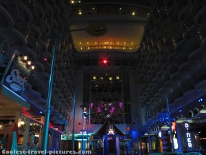Oasis of the Seas boardwalk at the night